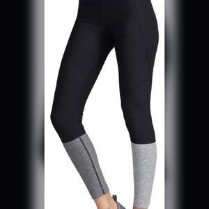 Outdoor voices dipped warm up legging